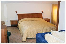 Апартамент - спалня